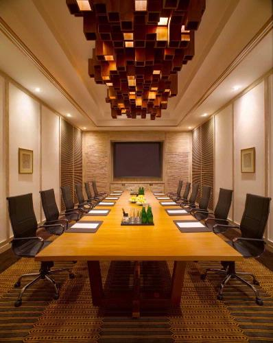 Boardroom 6 of 9