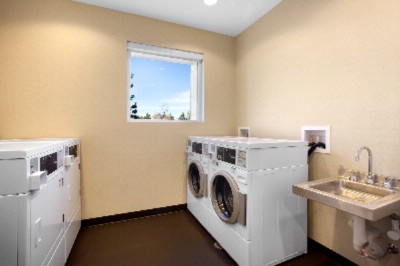 Laundry Facilities 10 of 11