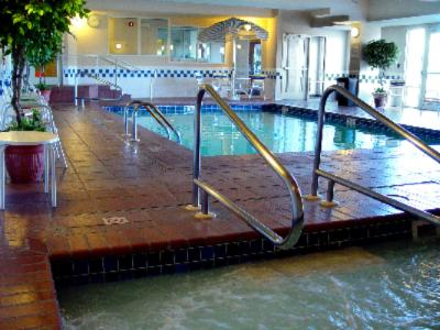 Indoor Pool & Hot Tub 5 of 5