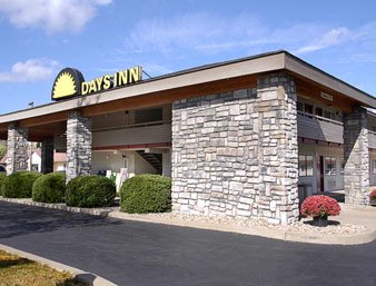 Days Inn Harmarville Outside Picture