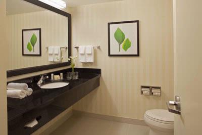 Fairfield Inn & Suites Toronto / Mississauga
