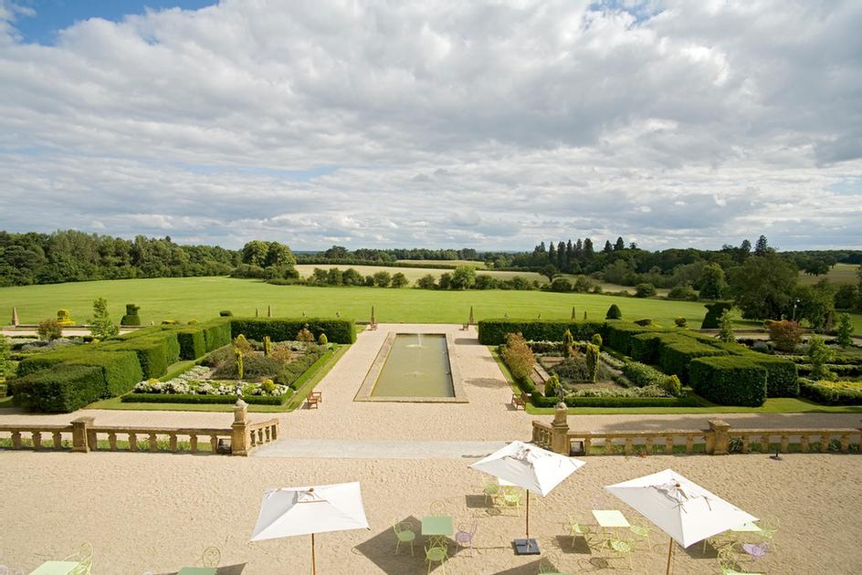 Stunning Views At Eynsham Hall 5 of 18