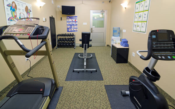 Fitness Room 18 of 20