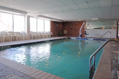 Indoor Pool 7 of 18