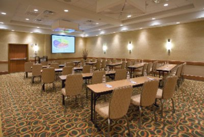 Single Classroom Set-Up In Ballroom Section 27 of 31