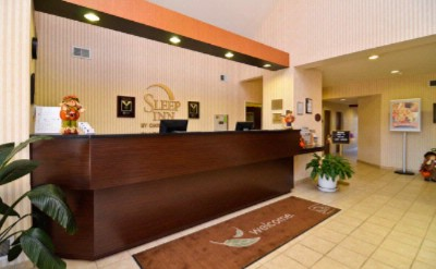Front Desk At The Sleep Inn & Suites Lebanon Tn 3 of 14