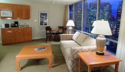 King Skyline Suite 12 of 15