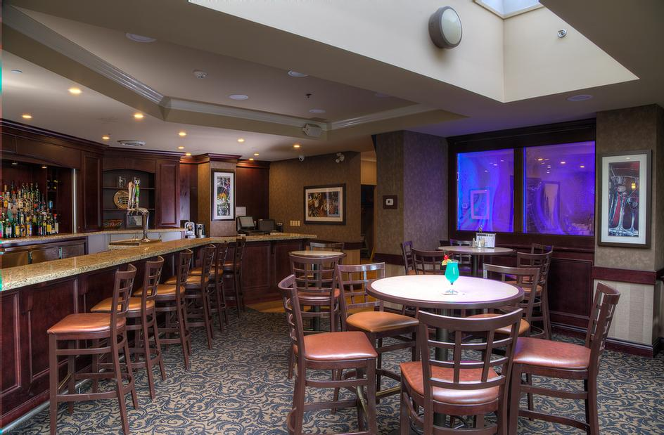 Best Western Plus Brant Park Inn & Conference Cent Kirby's Bar And Buffet On Site