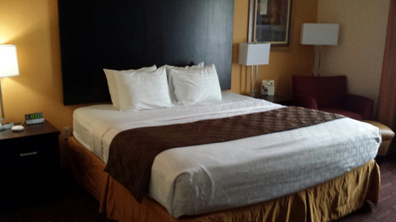 Relax In Our King Size Bed! 10 of 13