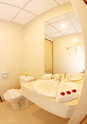 Bathroom In Standard Room 6 of 15