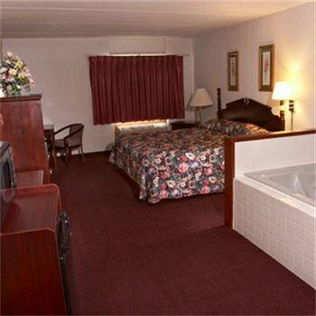 King Jacuzzi Room 14 of 14
