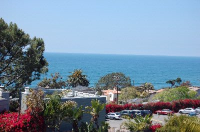 Ocean Side Offer Beautiful Blue Pacific Ocean Views 5 of 10