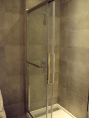 Shower In The Bathrooms 6 of 6