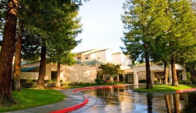 Courtyard by Marriott Sacramento Airport Natomas 1 of 4