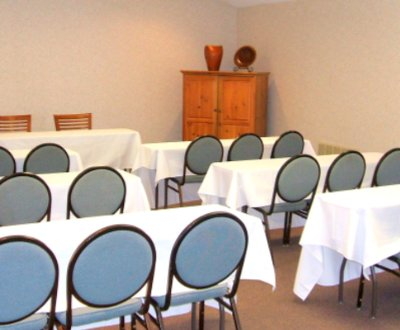 Meeting Room Space Large Enough For Your Group 6 of 11