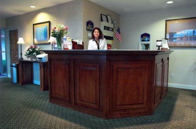 Front Desk/lobby 8 of 8