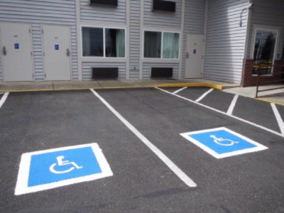 Handicapped Room 15 of 15