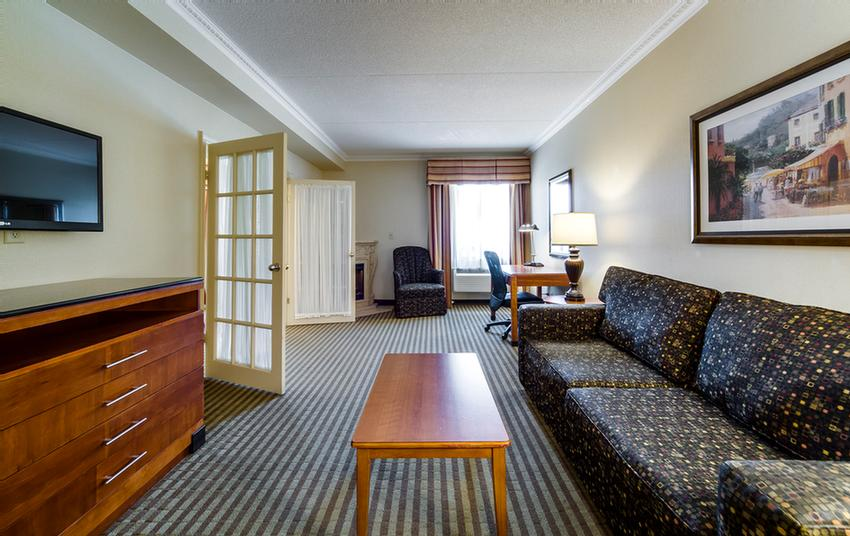 Louis Suite With 2 Rooms 4 of 11