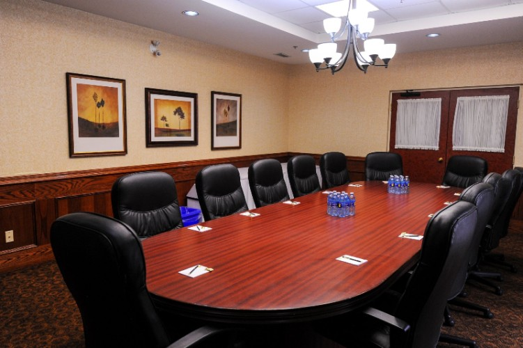 The Dunlop Boardroom 10 of 13