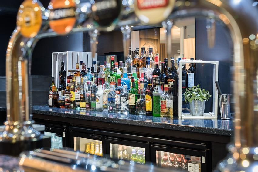 Holiday Inn Manchester West 1 of 3