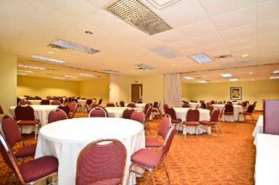 Meetings Banquets & Mini Conventions 11 of 13