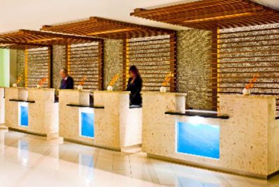 Hotel Lobby Front Desk 14 of 16