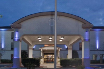Holiday Inn Express Sanford 1 of 6