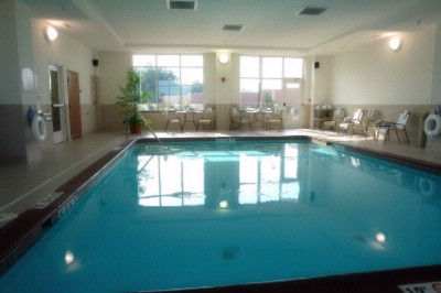 Holiday Inn Battle Creek Indoor Pool 4 of 6