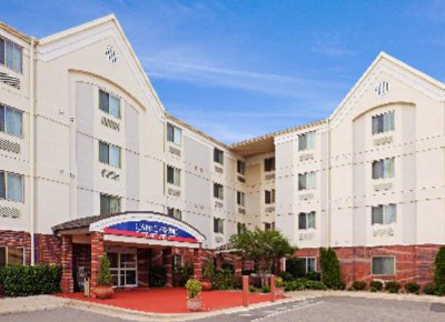 Candlewood Suites in Little Rock 1 of 8