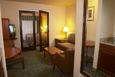 For Those Of You With Family Try Our 2 Room Suites! 11 of 11