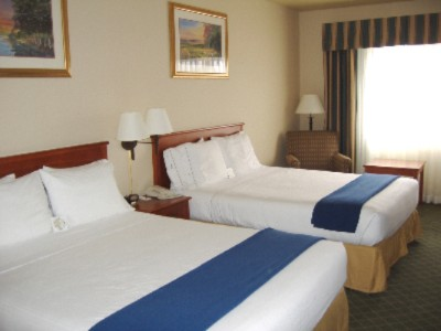 2 Queen Bedded Rooms Available With Our New Smart Bedding Package! All Rooms Have A Refrigerator & Microwave In Them Hair Dryer Coffee Maker & Coffee High Speed Internet Dvd Players In Room. 3 of 11