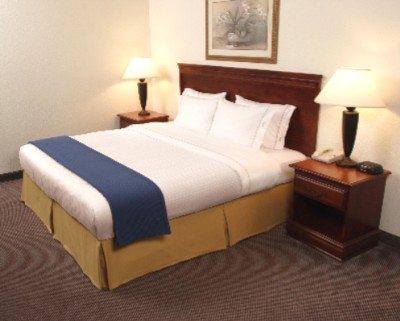 King Bed With Our Smart Bedding Package ! All Rooms Have A Refrigerator & Microwave In Them Hair Dryer Coffee Maker & Coffee High Speed Internet Dvd Players In Room. 4 of 11