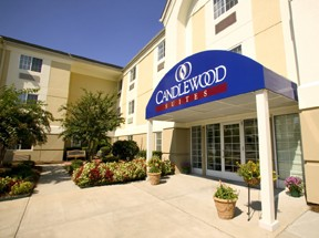 Candlewood Suites Las Vegas 1 of 12