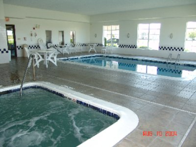 Indoor Pool And Hot Tub 8 of 10