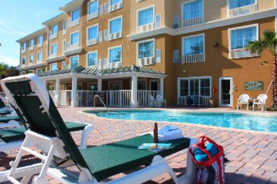 Country Inn & Suites Outdoor Heated Pool 9 of 12
