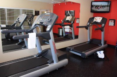 Country Inn & Suites Fitness Room 8 of 12