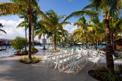 Wedding On Pool Deck 15 of 15