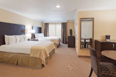 Holiday Inn Hotel & Suites San Mateo San Francisco Sfo 1 of 12