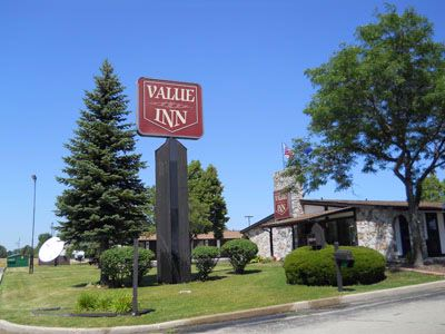 Value Inn Motels 1 of 4