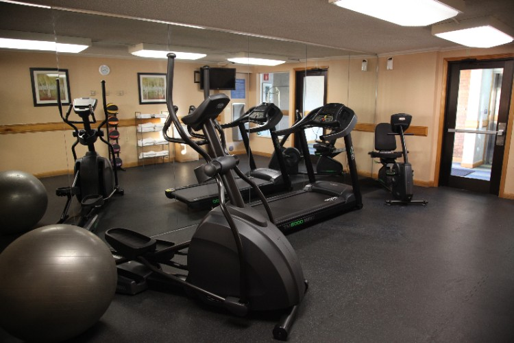 Fitness Room 5 of 15