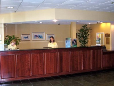 Fern Valley Hotel & Conference Center Front Desk