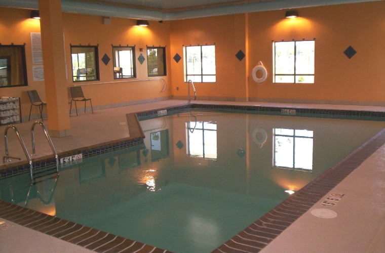 Indoor Pool 9 of 13