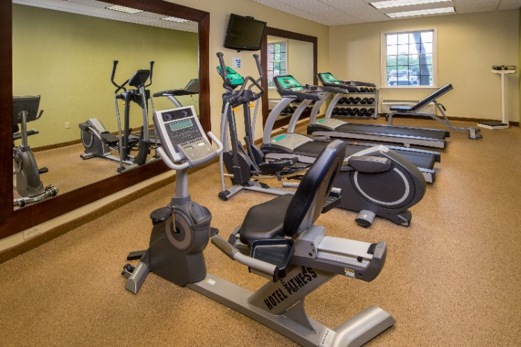 Holiday Inn Express Fitness Center 13 of 15