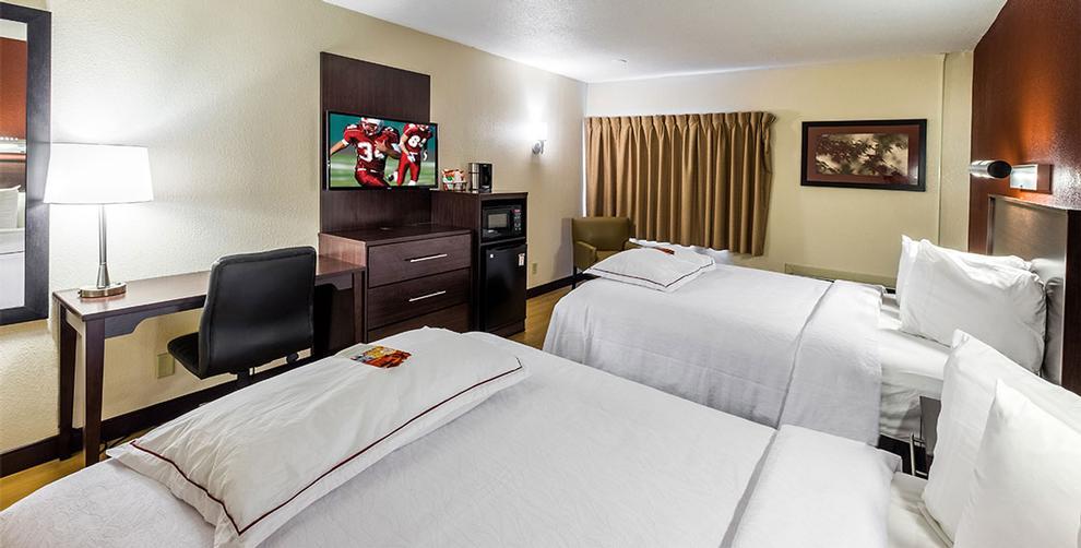Red Roof Inn South Deerfield 9 Greenfield Rd. South Deerfield MA 01373