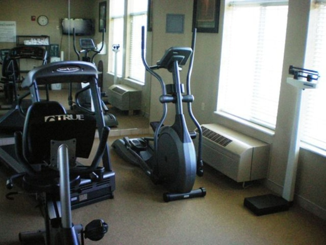 Fitness Room 16 of 31