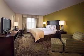 Comfortable And Spacious Rooms Await You! 3 of 12