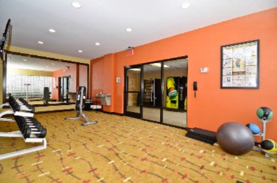 Fitness Center 11 of 21