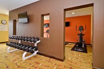 Fitness Center 14 of 21