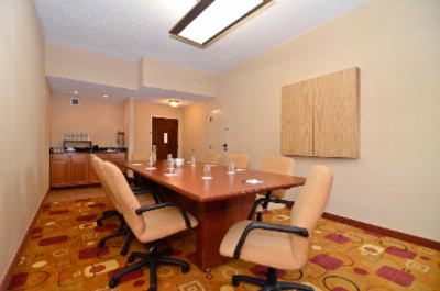 Executive Board Room 9 of 21