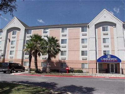Candlewood Suites Nw Medical Center San Antonio 1 of 10